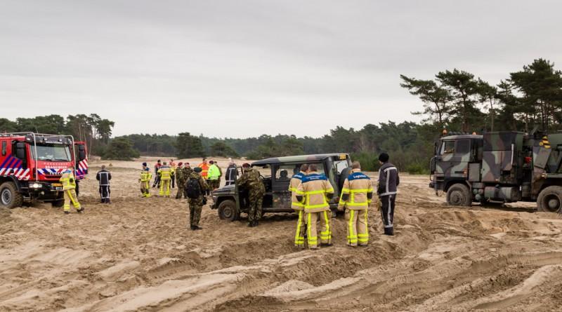 Berging van een Mercedes Benz door de brandweer