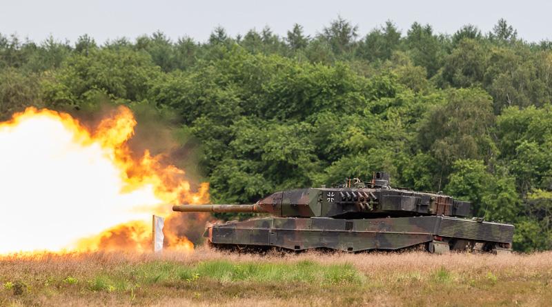 Vuren Leopard2 bij WTD 91 in Meppen